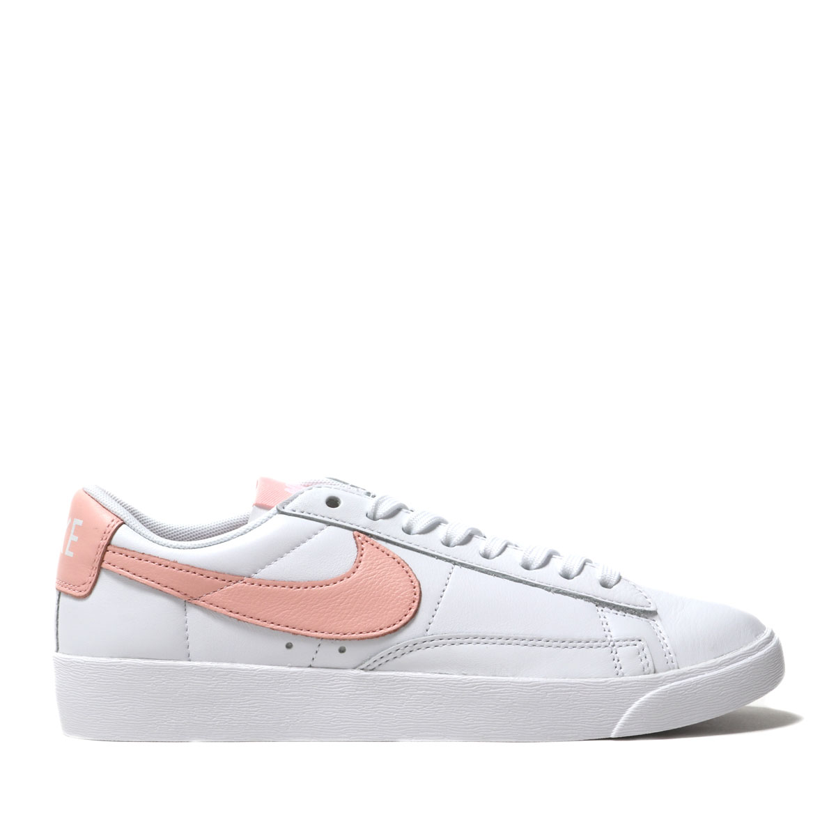 cheap for discount 1bf32 df88d NIKE W BLAZER LOW LE (WHITE STORM PINK-WHITE) (ナイキウィメンズ ...