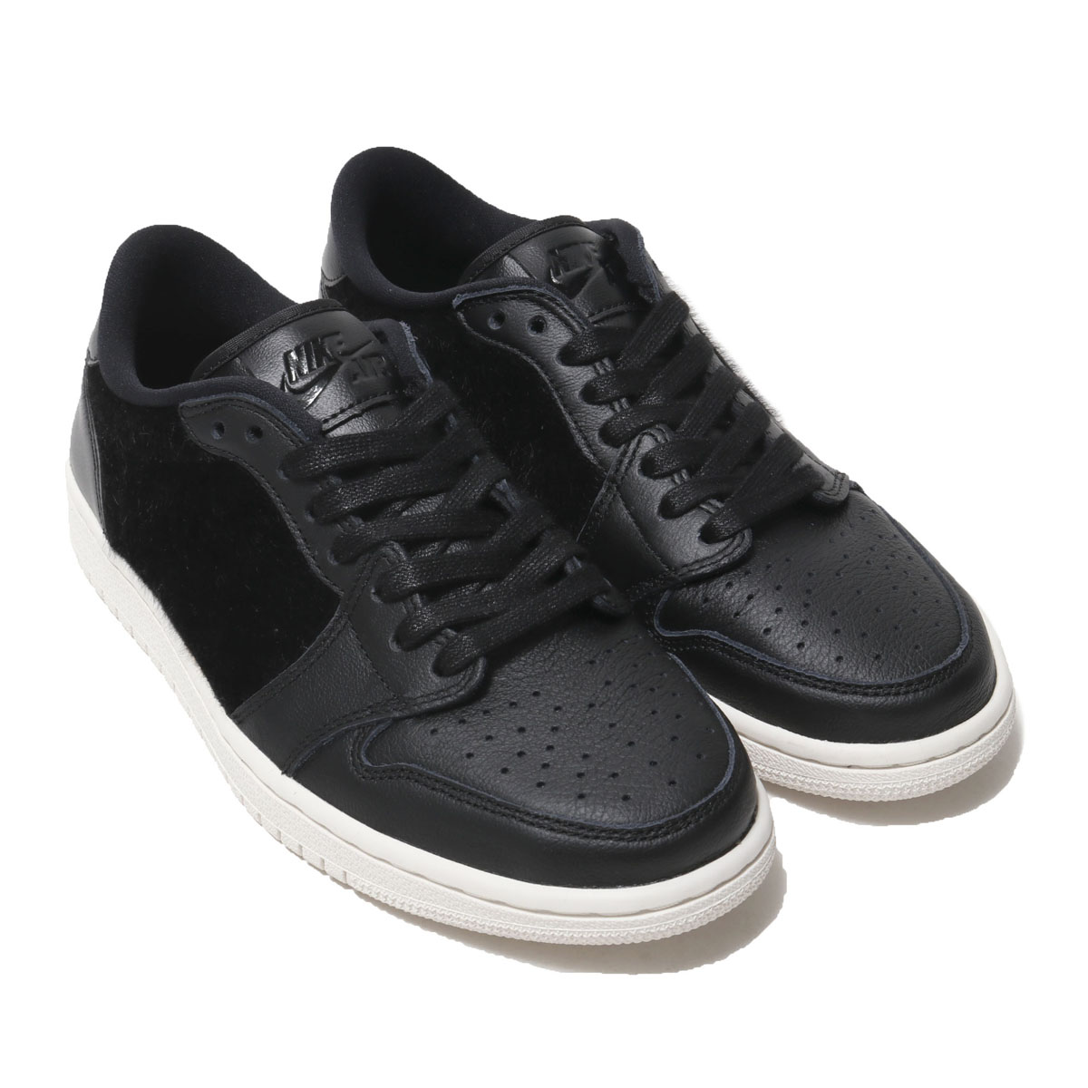 4618f74c73b Kinetics: NIKE WMNS AIR JORDAN 1 RETRO LOW NS (BLACK/BLACK-SAIL ...
