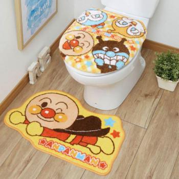 お子様に大人気のアンパンマンのトイレフタカバー 日本限定 マットの2点セットです トイレトレーニングにもぴったりです もちろん洗濯機で丸洗い可能です クーポン最大600円OFF あす楽 送料490円 トイレ2点セット 洗浄 暖房便座用フタカバー トイレマット アンパンマン こども トレーニング 躾 キッズ TO-35-A カバー かわいい トイレ プレゼント トイレタリー 新生活 マット