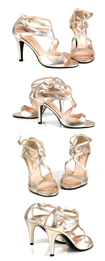 Come, and there is the small a natural leather use ≪ size; size (the 22cm - 26cm )≫ / shiny / modern / classical / strap / buckle / gold / ☆ gold strap sandals which is not painful)