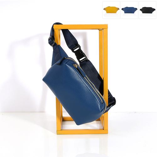 斜め掛け本革 バッグ レディース レザー クロス ショルダーバッグ 斜めがけバッグ ショルダー かわいい デザイン 革 本皮 本革 人気 新作 収納 旅行 シンプル◎牛革NOBLESSE_DS08557
