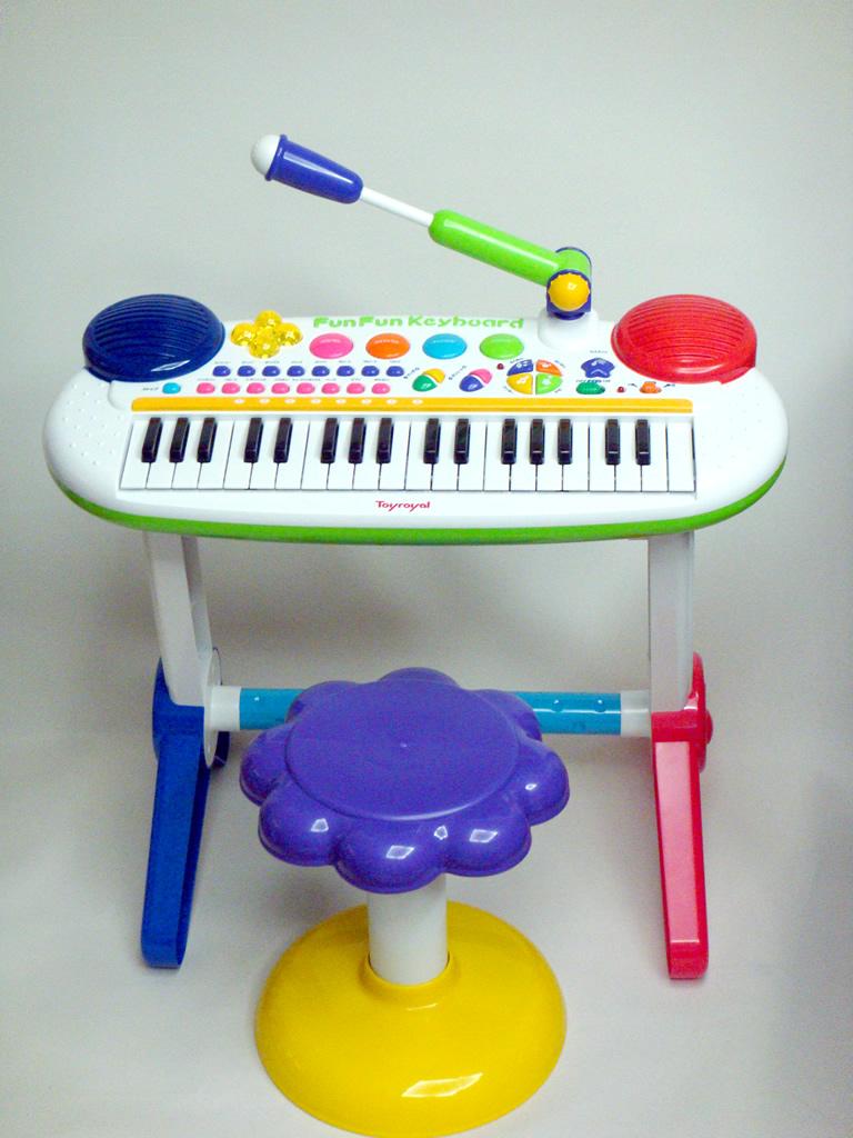 Fun Fun keyboard DX (FUN FUN KEYBOARD DX/ toy royal / toy / musical instrument) fs2gm