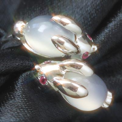 ルビー ムーンストーン K10 ホワイトゴールド リング レディース 指輪・月うさぎのリング レディース 指輪 10金 10K カラーストーン モチーフ【アニマルジュエリー】 華奢 シンプル ファッションリング 可愛い ゆびわ ブランド カラフル 宝石 おしゃれ