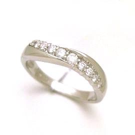 0.25ctダイヤモンド プラチナリング レディース 指輪・キールロワイヤル 華奢 シンプル ファッションリング 可愛い ゆびわ ジュエリー ブランド 宝石 おしゃれ