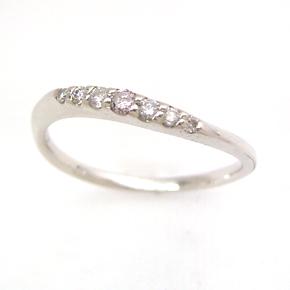 ピンクダイヤモンド ダイアモンド ホワイトゴールドリング 指輪 レディース・ディエーズ 18K K18 18金 誕生日プレゼント 女性 華奢 シンプル カーブ S字 ジュエリー ブランド 宝石 おしゃれ