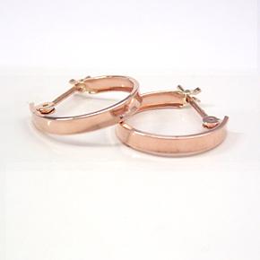 ピンクゴールドピアス レディース・ディアリオ人気のフープピアス! 華奢 シンプル 小粒 輪っか 可愛いピアス ジュエリー ブランド 宝石