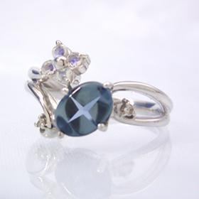 ロンドンブルートパーズ ブルームーンストーンリング レディース 指輪・エーデルクロイツ 華奢 シンプル ファッションリング 可愛い ゆびわ ジュエリー ブランド 宝石 おしゃれ
