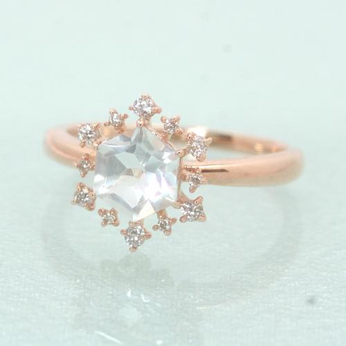 ダイヤモンド ホワイトトパーズ 10K ピンクゴールドリング レディース 指輪・ネージュレイナ 10金 K10 大粒 雪の結晶 11月誕生石リング 冬 おしゃれ 人気 ギフト 誕生日プレゼント ファッションリング 可愛い ゆびわ ジ ブランド 宝石