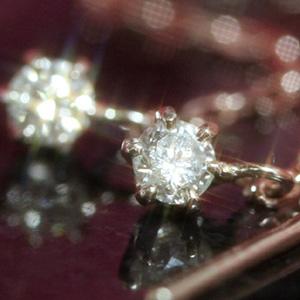 【あす楽対応】0.1ctダイヤモンド K10 ピンクゴールド ホワイトゴールド アメリカンピアス・ディーバ・ドゥ 一粒ダイヤ レディース チェーンピアス ロングピアス 揺れるピアス 10K 10金 誕生日プレゼント 女性 華奢 シンプル ぶらさがり 可愛いピアス ブランド 宝石