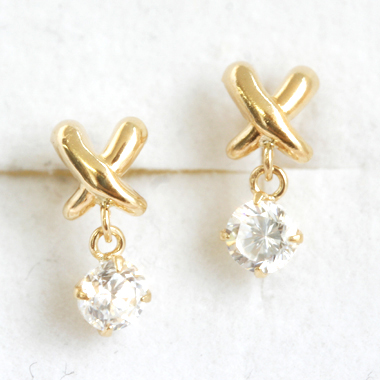 ちょっぴり差のつく 上品スタイル・・!キュービックジルコニア ゴールドピアス レディース・ルノア 華奢 シンプル 可愛いピアス ジュエリー ブランド 宝石