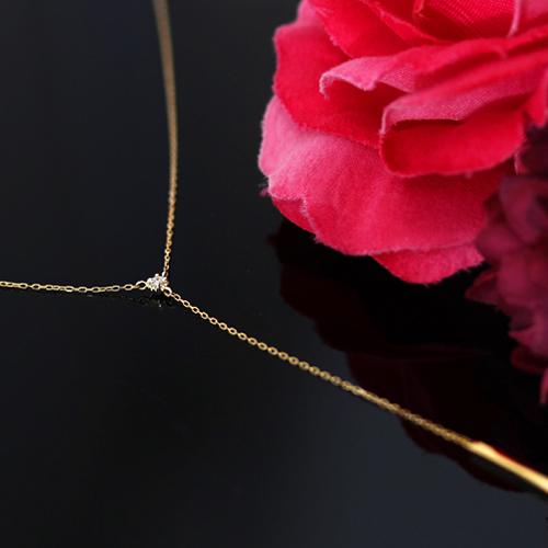 ダイヤモンドの18金ネックレス