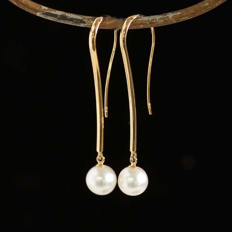 フックピアス 18K 淡水パール レディース・リリカ K18 18金 淡水真珠 デザイン おしゃれ 揺れる 落ちにくい 華奢 シンプル 可愛いピアス ジプシーピアス ジュエリー ブランド 宝石