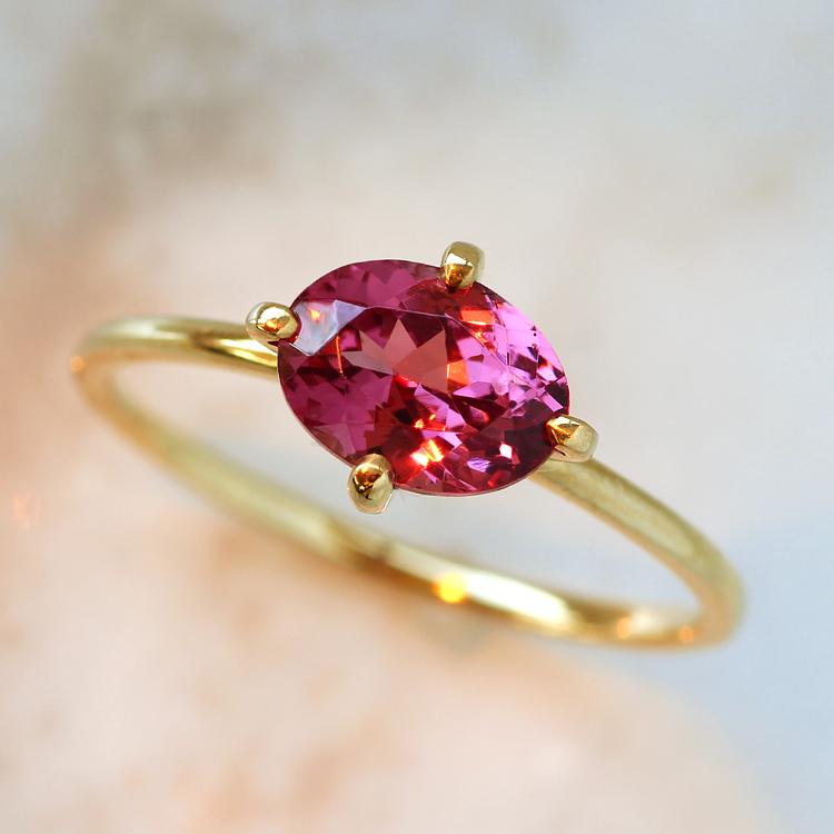 マラヤガーネット リング・ジョイル 10K アクセサリー レディース 指輪 1月誕生石リング ファッションリング 大粒 誕生日プレゼント 女性 一粒リング K10 10金 ブランド 宝石 おしゃれ