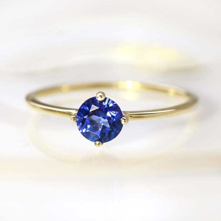 ロイヤルブルートパーズ リング 指輪 ゴールド ピシューナ K10 レディース 11月の誕生石 高品質 ファッションリング ラウンドカット ジュエリー 一粒リング スワロフスキージェムストーン ブランド 宝石