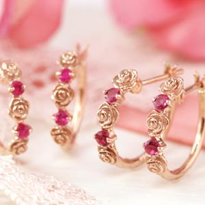 ピンクサファイアの薔薇ピアス