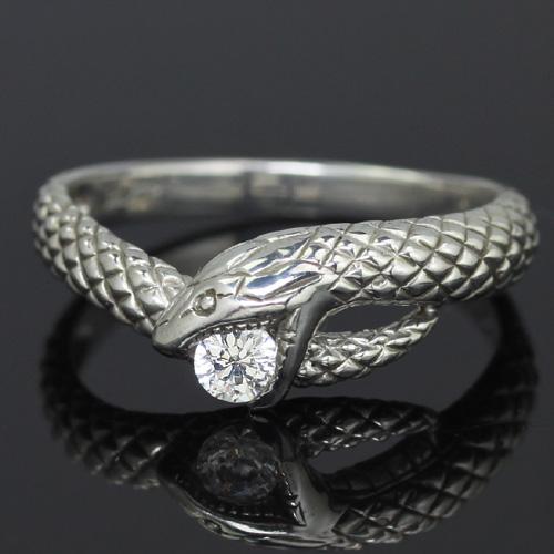 【ランキング1位】金運 開運 幸せを呼ぶ 蛇リング レディース 指輪 0.1カラットダイヤモンド K18 ホワイトゴールド リング レディース 指輪・グラン・アスクレピオス ピンキーリング対応 へび ヘビ アニマルジュエリー