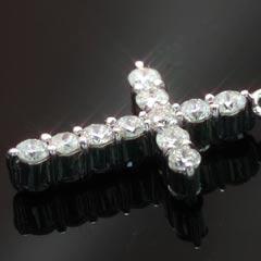 【ダイヤモンド ブラックダイヤモンドネックレス・フェイジア】その輝き、クセになる!!0.5ctダイヤのクロスに宿る、二つの煌めき…!! 華奢 シンプル ジュエリー ブランド 宝石