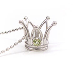 【ペリドット ホワイトゴールドネックレス・プリンセスクラウン】 華奢 シンプル ジュエリー ブランド 宝石