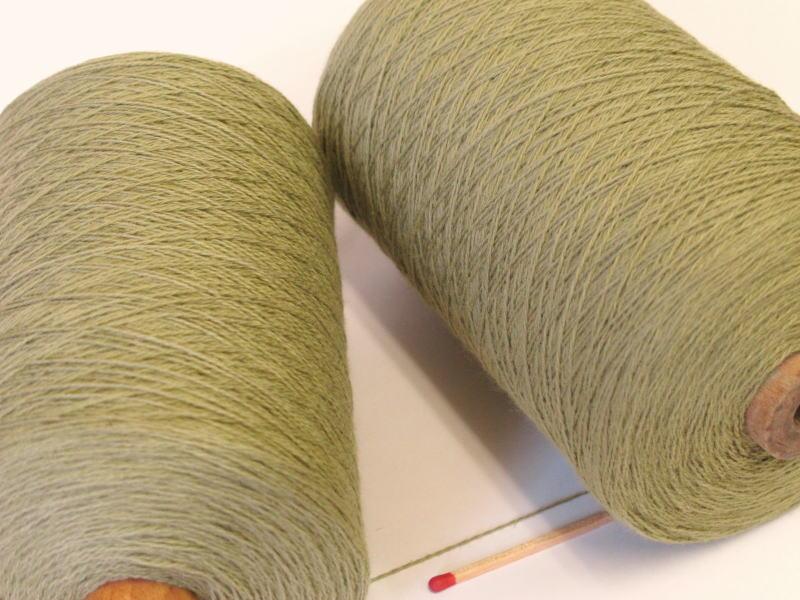 綿糸ならこれで決まり 豊富なバリエーションからお好きな色をどうぞ 10 2綿 5%OFF 人気の定番シリーズです やわらかくて使いやすい わかくさ 手織りにも手編みにもオススメの綿糸が43色 本店