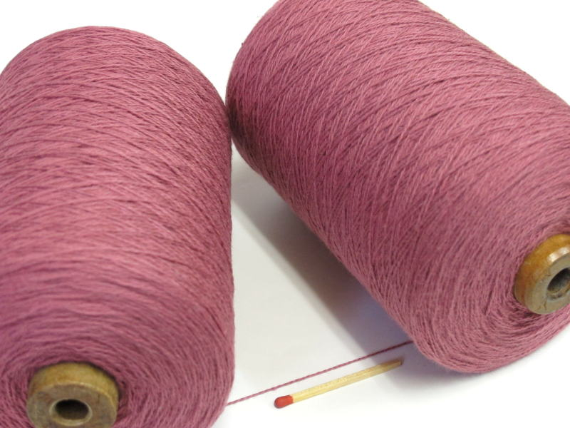 綿糸ならこれで決まり 豊富なバリエーションからお好きな色をどうぞ 10 2綿 国内即発送 やわらかくて使いやすい 人気の定番シリーズです 手織りにも手編みにもオススメの綿糸が43色 ローズ まとめ買い特価