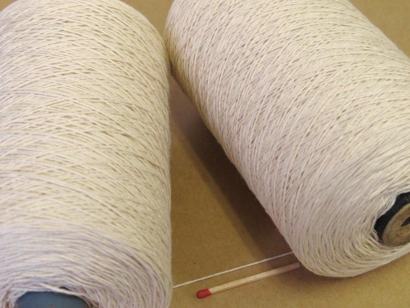 質の良い綿糸をお探しの方におすすめです 通常便なら送料無料 30 お見舞い 3×3スーピマ綿 生成 巻き 綿糸 手編み向き 手織り向き ワンランク上の綿糸をお探しの方におすすめです 質が良くてやわらかい