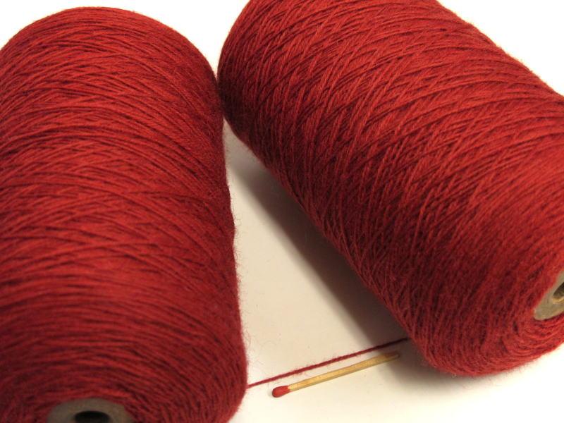 安いだけじゃない ○ 在庫限り この品質でこのお値段 期間限定お試し価格 ○ウールのお買い得品ならこれ タスマニア ローズレッド しっとりやわらかい上質の毛糸が全27色 手織向き 毛糸 手編向き オススメの人気商品です