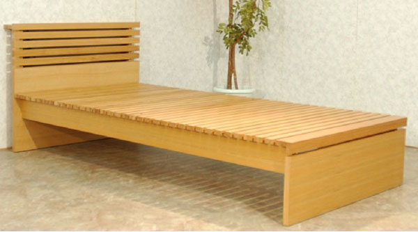床の高さ長さが変えられる伸張式 伸長式 床板ベッド 「ハーモニー」 ロング 宮付き 棚付き コンセント付き ベッドフレーム 天然木 ナチュラル マットレス 和布団対応 シングルロング(16S) 伸張式 伸長式 伸縮式