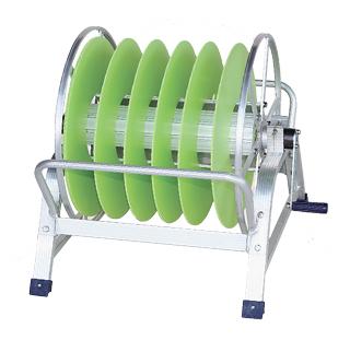 【散水作業用品-ホースリール】ハラックス 潅太郎 潅水チューブ・潅水ホース・点摘チューブ・散水ホース巻取器 KM-640 <大型・重量商品>