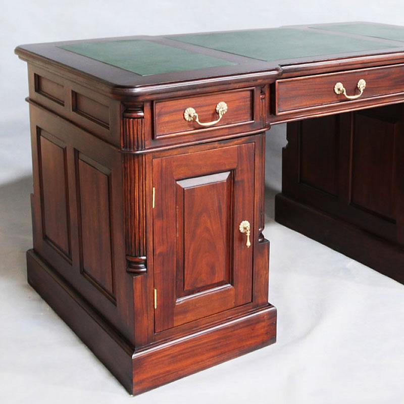 Kirakukan Antique Furniture Like Both