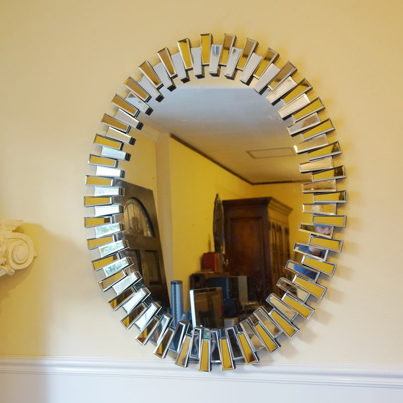 【お得クーポン配布中】モダンスタイル 壁掛けミラー 鏡 面取り(オーバル・楕円)おしゃれ鏡 アンティーク家具 鏡 壁掛け おしゃれ 鏡 全身鏡 姿見 デザイナーズ 鏡 ベネチアンミラー 鏡 姿見 全身 壁掛け アンティーク ミラー 鏡 壁掛け おしゃれ アンティーク 北欧