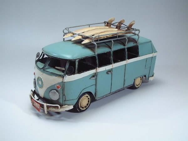 ブリキのおもちゃ【VWバス】【あす楽】おしゃれ 雑貨 輸入雑貨 憧れ クラシック アンティーク風 レトロ 置物 雑貨 飾り物 父の日 お誕生日 プレゼント アメリカ雑貨 アイアン