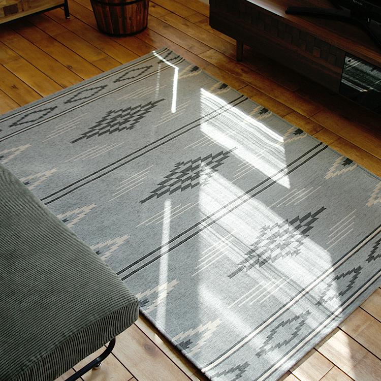 ラグマット NATIVE RUG DARK GRAY ラグマット ラグ マット 絨毯 カーペット じゅうたん 床暖房 ホットカーペット ヴィンテージ モダン 北欧 西海岸 ナチュラル 120×180cm NATIVE RUG ネイティブラグ グレー