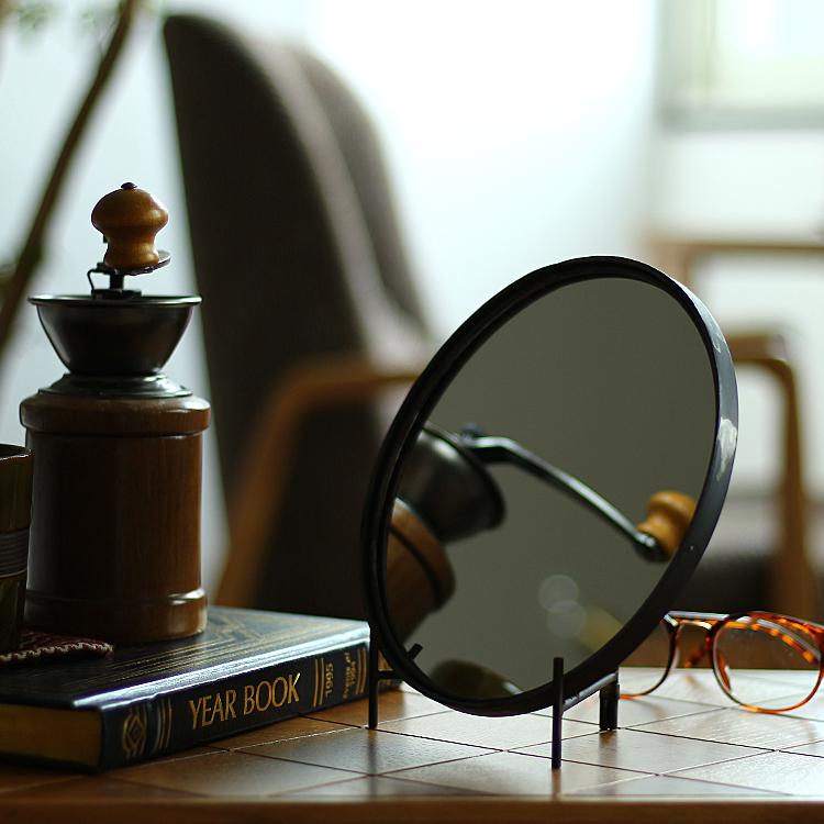 ミラー 鏡 壁掛け インテリア ウォール ミッドセンチュリー アンティーク 美品 洗面鏡 シンプル 直径20cm アイアン 鉄 ドレッサー Round ヴィンテージ 卓上ミラー 新登場 Mirror 丸型 S