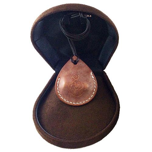 丸山式 電磁波ブロッカー Lovera ラブラ[ネックレスでいつでも身に着けられておしゃれ ギフトにもおすすめ!PCやスマートフォン・電化製品・IHなどの電磁波の対策に] 即納