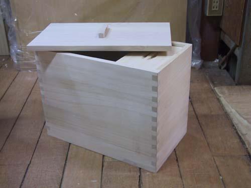 米びつ 桐 五穀米 分別 木箱 木製 総桐米櫃10Kg用 製造直売 商品番号702