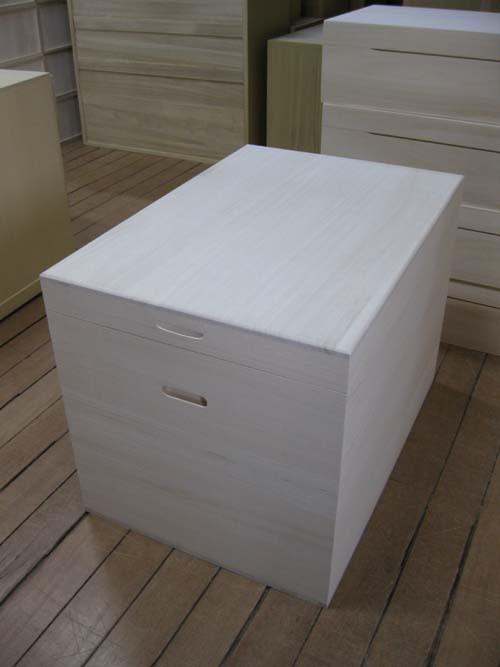 木箱 木製 総桐衣装箱・雛人形入れ天板底板13mm 製造直売 商品番号688D