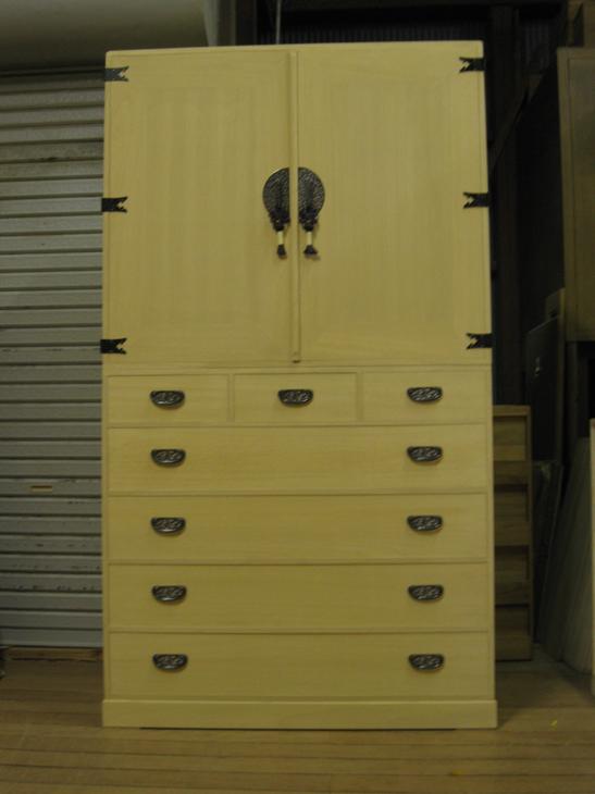 桐タンス桐タンスチェストシンプル収納着物総桐衣装箪笥 全段通棚板製造直売商品番号1020