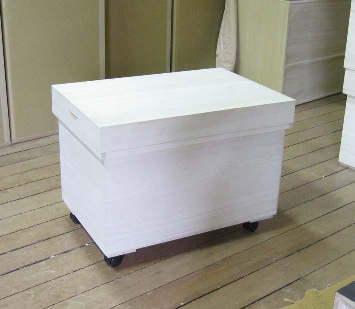 衣装箱 木箱 箱 木製 レトロ シンプル 総桐衣装箱・茶箱型・キャスター付 製造直売 商品番号F-4