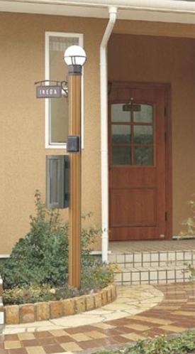 リクシル ステイウッドファンクションポール1型 組合せ例19-01 『表札はネームシール』 *写真の色はS-リクシル TOEXブラウン 『機能門柱 機能ポール』