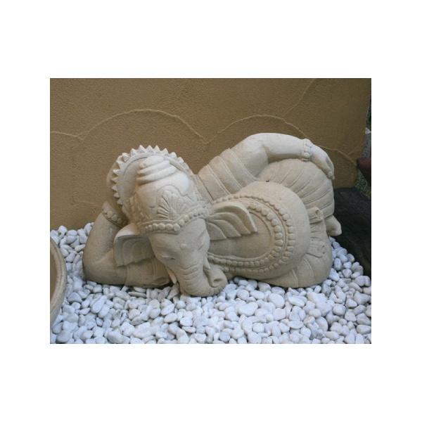 ジャービス商事 バリゾウ石像