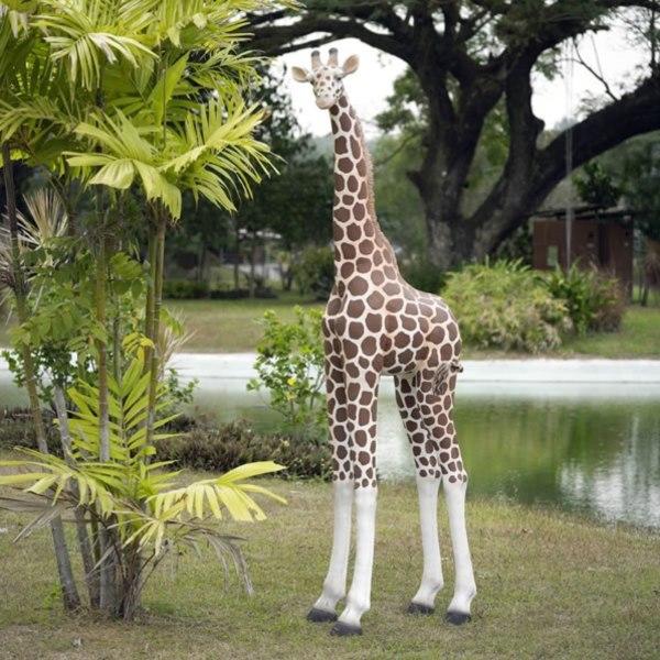 FRP 可愛い子キリン / Giraffe 『動物園オブジェ アニマルオブジェ 店舗・イベント向け』
