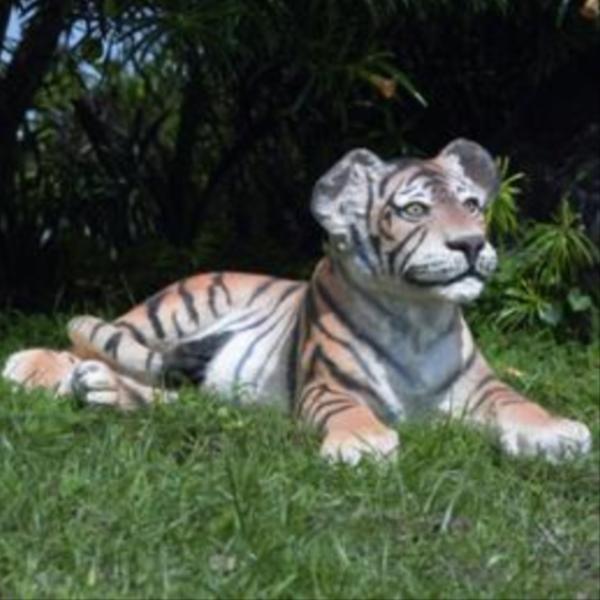 FRP 見つめる子タイガー / Tiger CuB - Lying Down 『動物園オブジェ アニマルオブジェ 店舗・イベント向け』