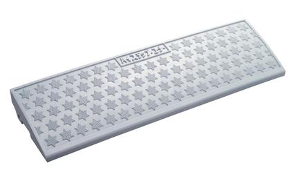 新色 OUTLET SALE ミスギ 日本製 安定重量の肉厚成形品 100mm段差仕様 ハイステップコーナーロング ホワイトグレー 樹脂製 段差スロープ HSL-100