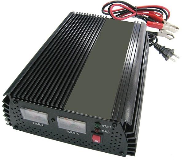 PC-2000 バッテリー充電器最大充電電流20A