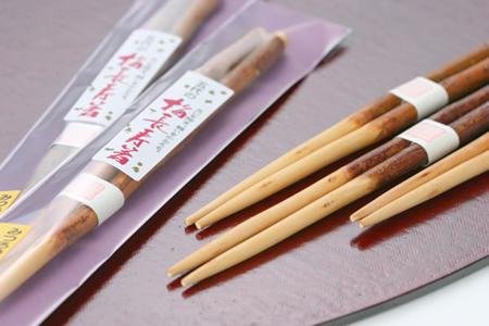 梅の木をそのままお箸に 食卓の和を演出します 70%OFFアウトレット 梅長寿箸 1膳 祝箸 日本製 春の新作続々 母の日 梅 敬老の日 箸