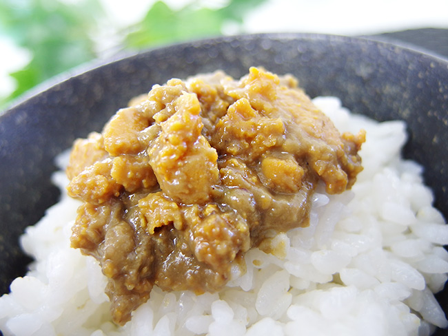As with crab miso 70 g sea urchin and crab taste of harmony! With sea urchin and crab miso paste, canned. The relish of sake, many still cooking, etc. come!