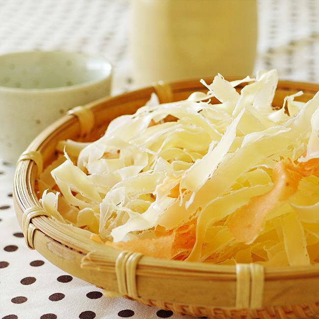 いっしょが美味しい北海道サーモン&花チーズ70g花チーズうどん等料理にも最適 チーズ鱈の薄削りさけフレークのけずり節チーズ加工品 おやつやお酒のおつまみにも!