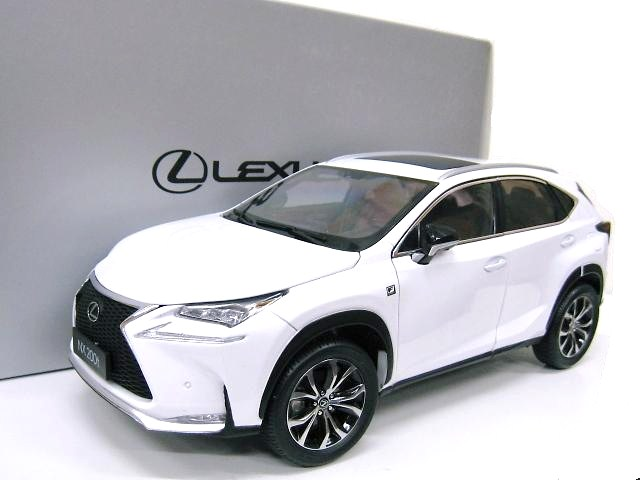 LEXUS 特注 1/18 レクサス NX 200T Fスポーツ (ホワイト) 2015年