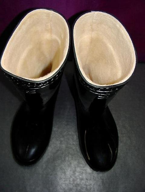 内側総パイルボア仕様の耐油防寒長靴 暖かくて滑りにくい SEAL限定商品 防寒ゾナネオ耐油長靴 黒 パイルボア裏 訳あり