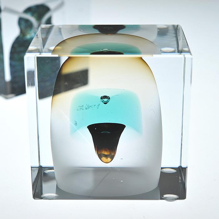 【アンティーク iittala イッタラ (Nuutajarvi ヌータヤルヴィ)】iittala/イッタラ (Nuutajarvi/ヌータヤルヴィ) Oiva Toikka オイバ・トイッカ Annual Cube アニュアル キューブ 《ビンテージ/vintage/ヴィンテージ》<1983年>( キッチンブランチ )